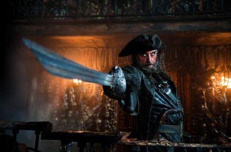 Ian-McShane-Blackbeard