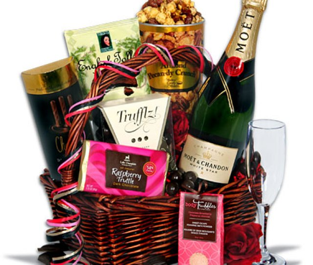 Anniversary Gift Baskets On In Most Romantic Gift Baskets Alcoholic Beverages And Chocolates Are