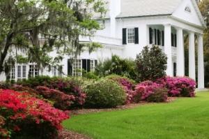 southern-plantation-home