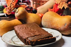 gluten free butternut squash bread, squash, autumn leaves, autumn decor, Thanksgiving