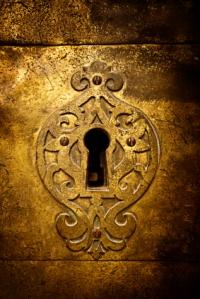 Retro Keyhole